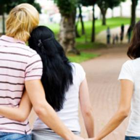 10 signs you're being cheated on