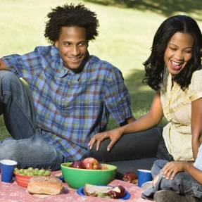 10 child-friendly dates to impress a single parent