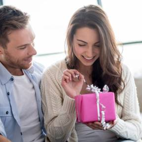 Dating Advice For Birthdays and Anniversaries