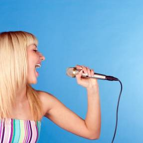 Love your imperfections – Sing out loud!