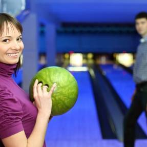 How to bowl your date over
