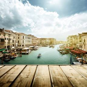 5 Questions about dating in Italy