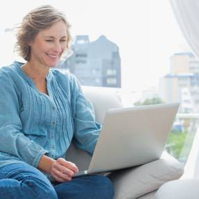 Tips for older women starting out on online dating sites