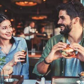 Discover our suggestions to plan the ideal date.